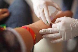 Препарат вводят внутривенно