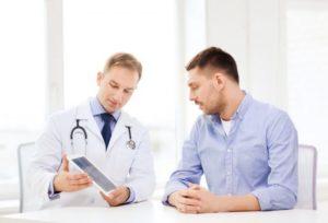 Перед тем как начать заниматься спортом, необходимо проконсультироваться с лечащим врачом