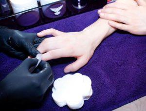 Использование стерильных инструментов в салоне красоты