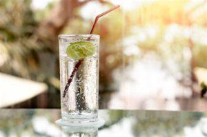 следует пить только кипяченую воду