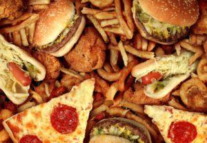 Чрезмерное употребление жирных блюд