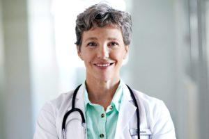 При первом выявлении противопоказаний рекомендуется закончить лечение и проконсультироваться с врачом