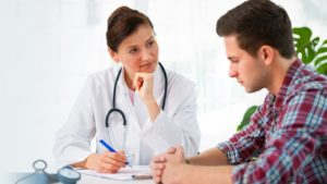 Расшифровку результатов анализа делает лечащий врач