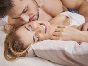 При сексуальном контакте без использования презерватива